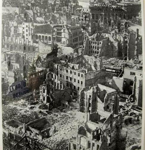 Кёнигсберг после бомбардировки 1944г